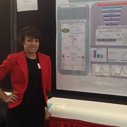 CALS undergraduate student, Quinea Lassiter at the Student Showcase (courtesy of Soohee Cho)